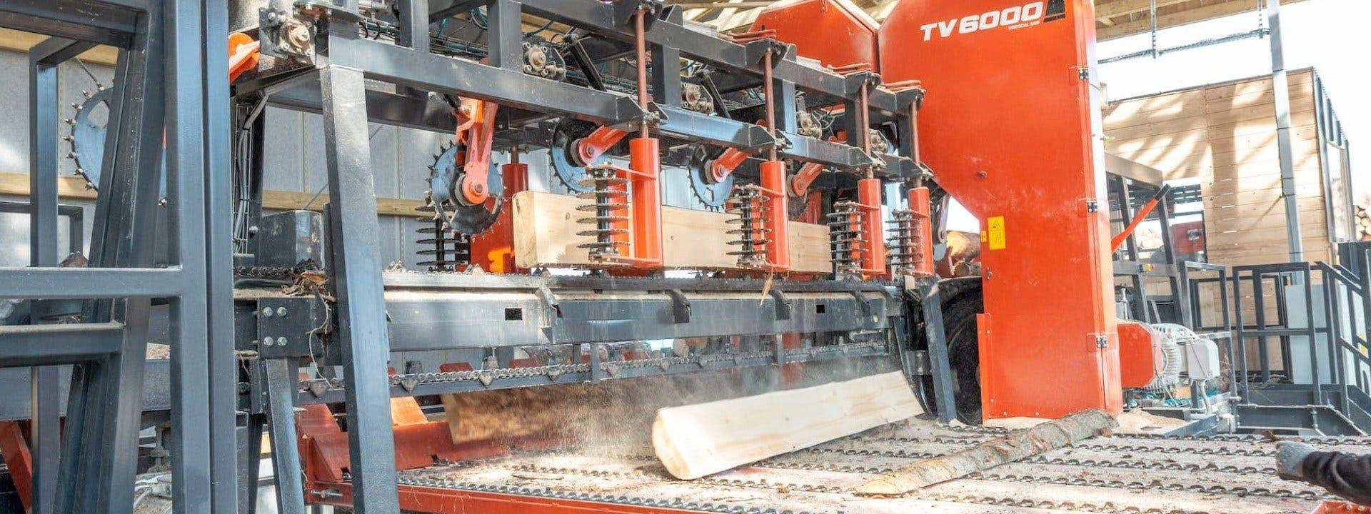 TITAN sagbruk linje bruk forbedring av pallet produksjon